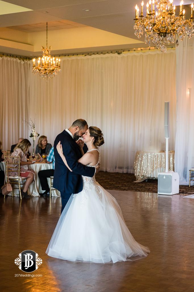 joe-toni-kirkbrae-country-club-new-england-wedding-photographers-14.jpg