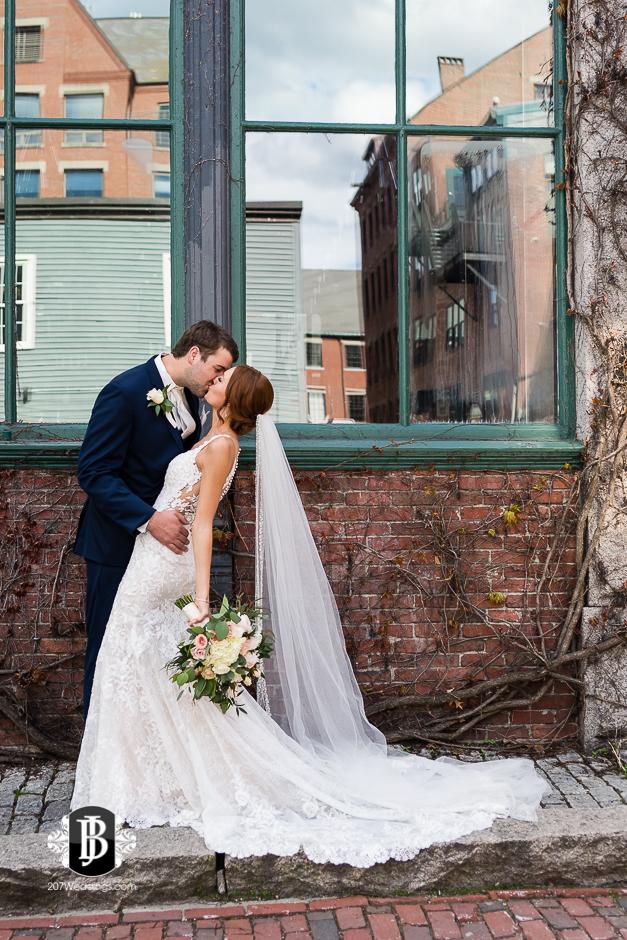 portland-wedding-photographers-julia-marc-westin-hotel-wedding-10.jpg
