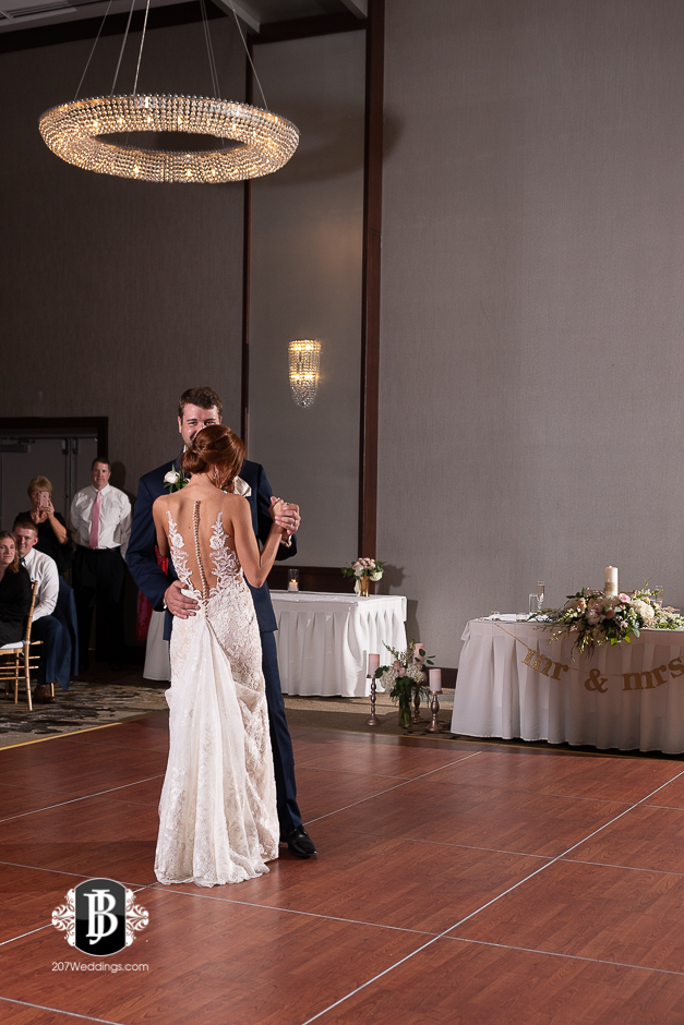 portland-wedding-photographers-julia-marc-westin-hotel-wedding-11.jpg
