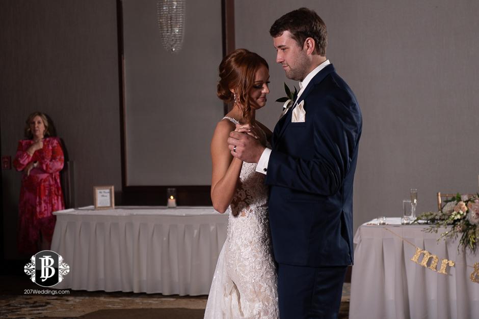 portland-wedding-photographers-julia-marc-westin-hotel-wedding-12.jpg