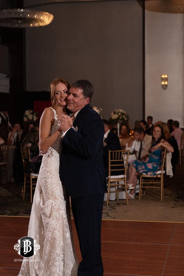 portland-wedding-photographers-julia-marc-westin-hotel-wedding-13.jpg