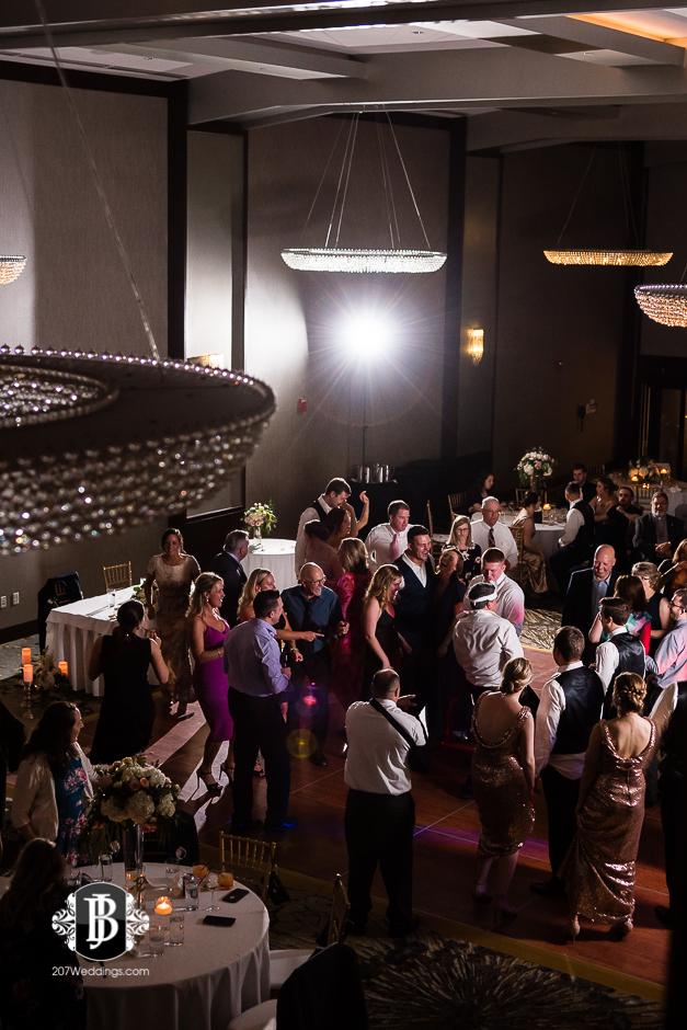 portland-wedding-photographers-julia-marc-westin-hotel-wedding-16.jpg