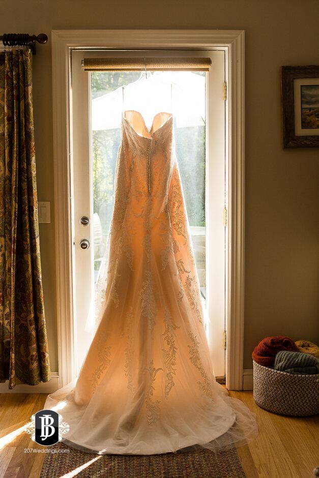 sarah-adam-wedding-woodlands-club-falmouth-maine-wedding-photographer-1.jpg