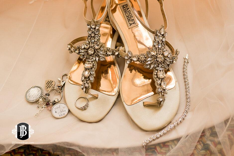 sarah-adam-wedding-woodlands-club-falmouth-maine-wedding-photographer-2.jpg