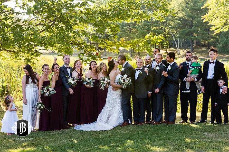 sarah-adam-wedding-woodlands-club-falmouth-maine-wedding-photographer-10.jpg