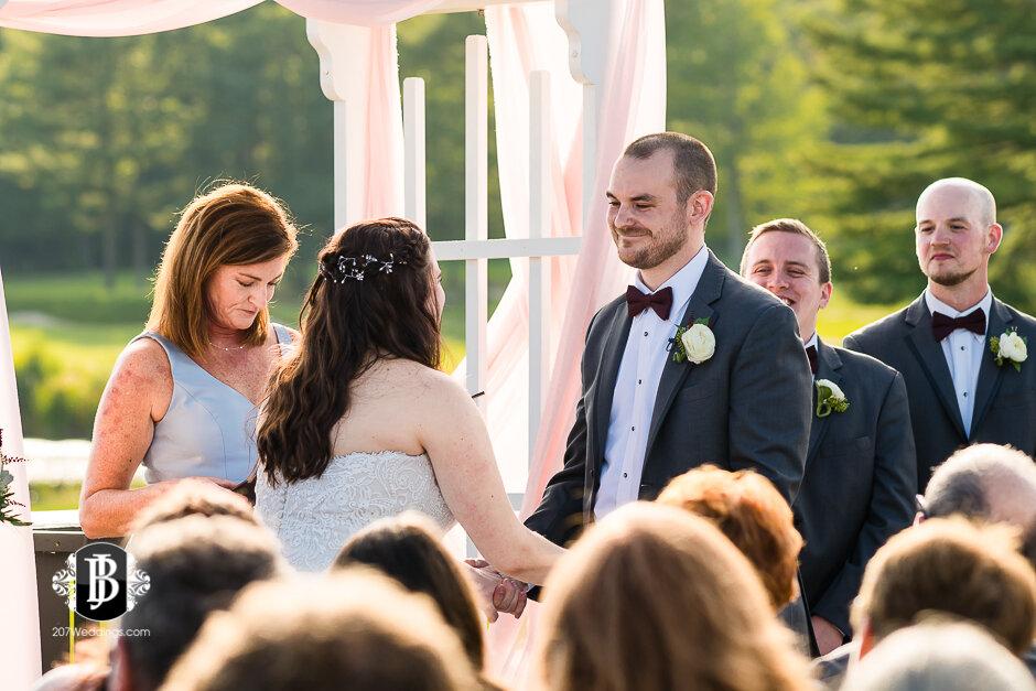 sarah-adam-wedding-woodlands-club-falmouth-maine-wedding-photographer-16.jpg