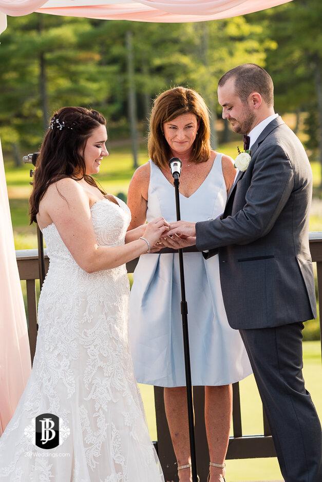 sarah-adam-wedding-woodlands-club-falmouth-maine-wedding-photographer-20.jpg