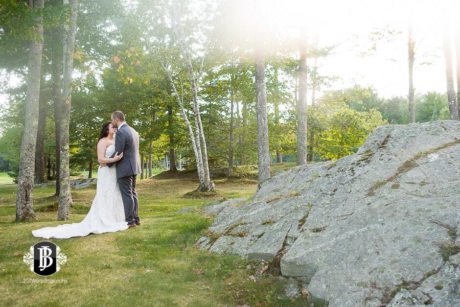 sarah-adam-wedding-woodlands-club-falmouth-maine-wedding-photographer-25.jpg