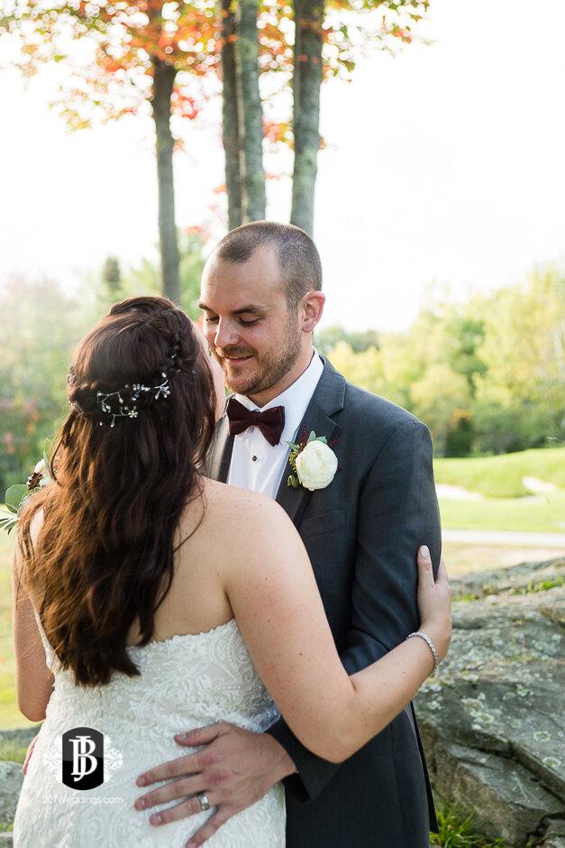 sarah-adam-wedding-woodlands-club-falmouth-maine-wedding-photographer-27.jpg