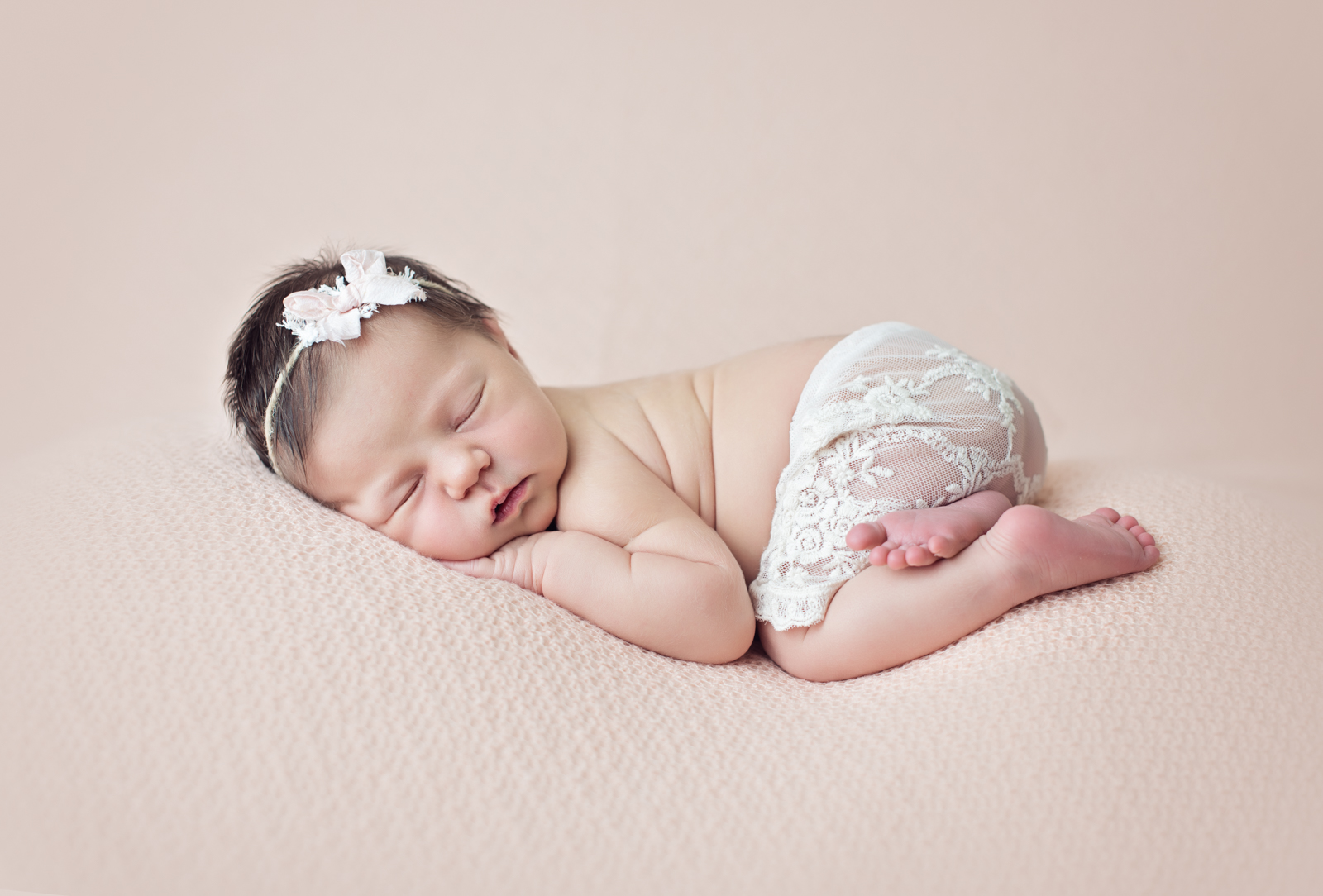 Tacoma Newborn Photographer (4 of 16).JPG