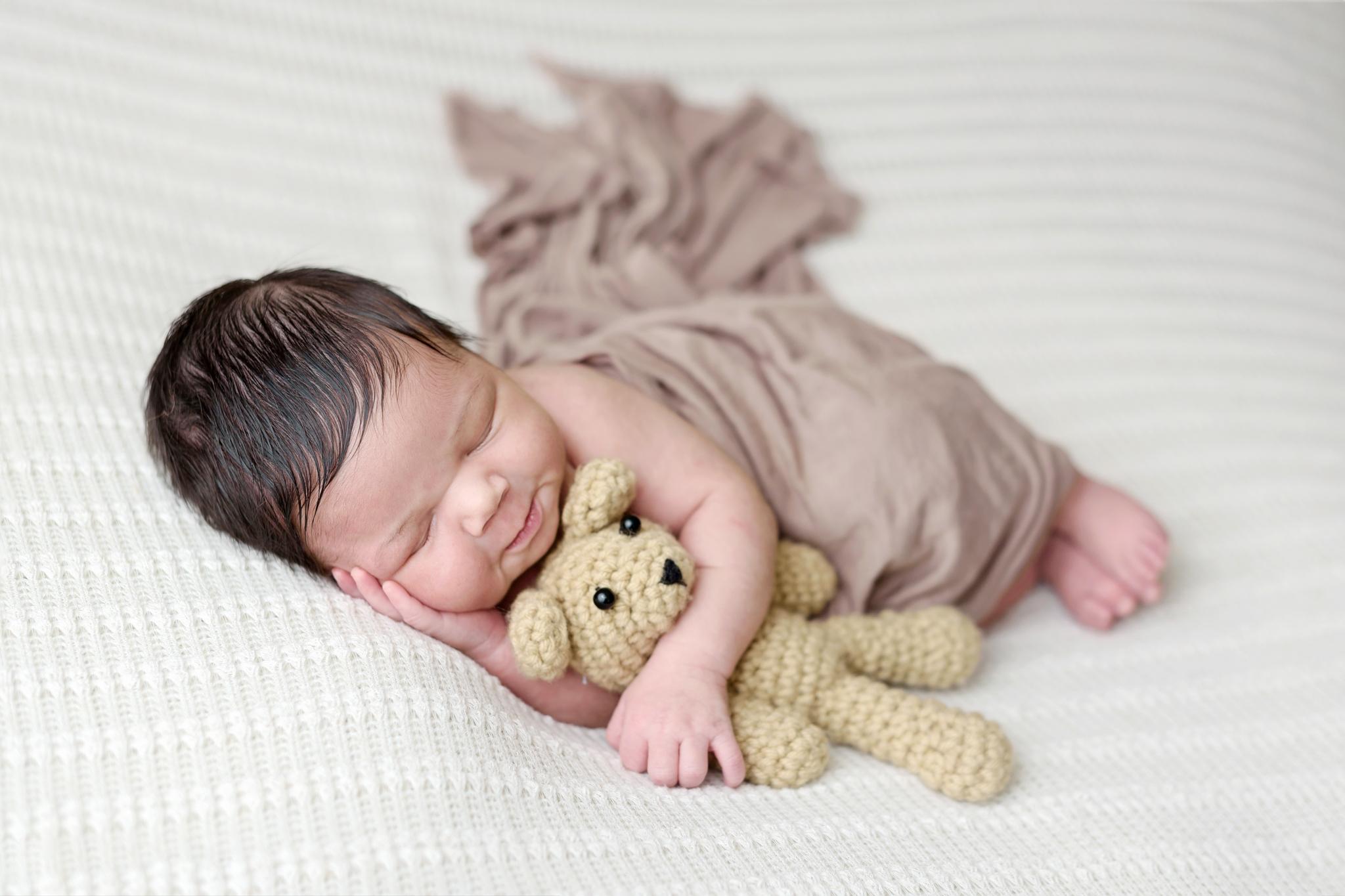 Newborn (75 of 114) copy.JPG