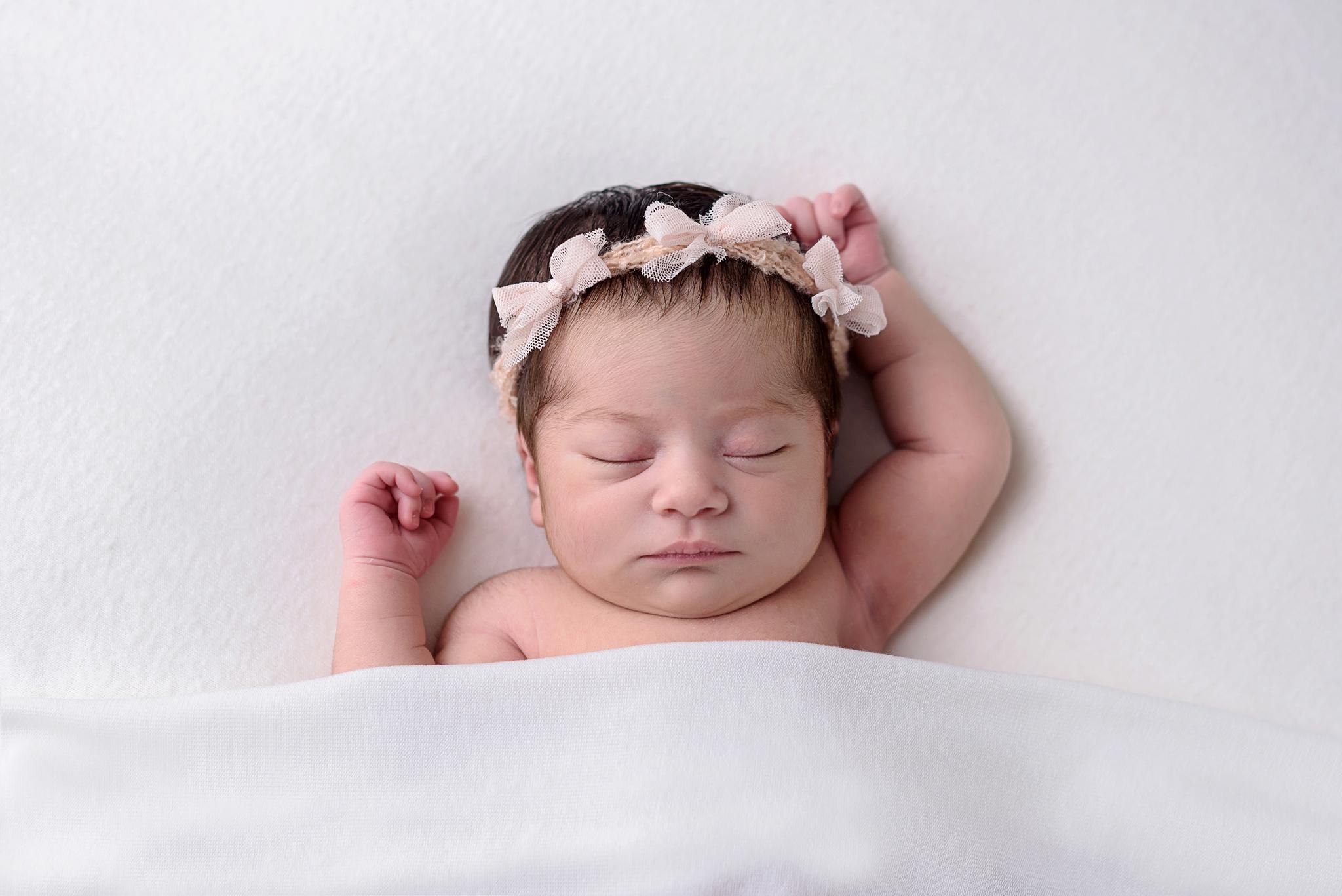 Seattle Newborn Photographer (29).jpg