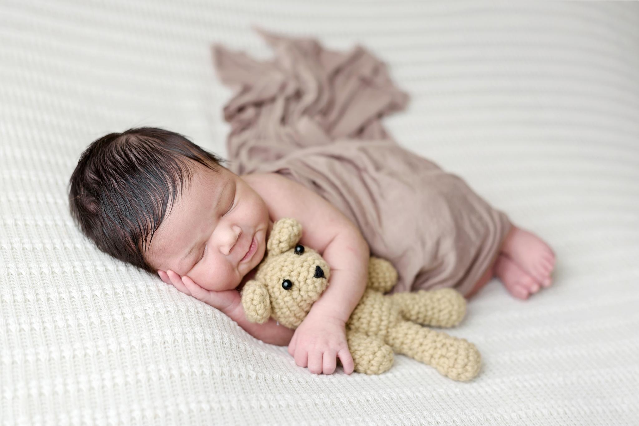 Seattle Newborn Photographer (13).jpg
