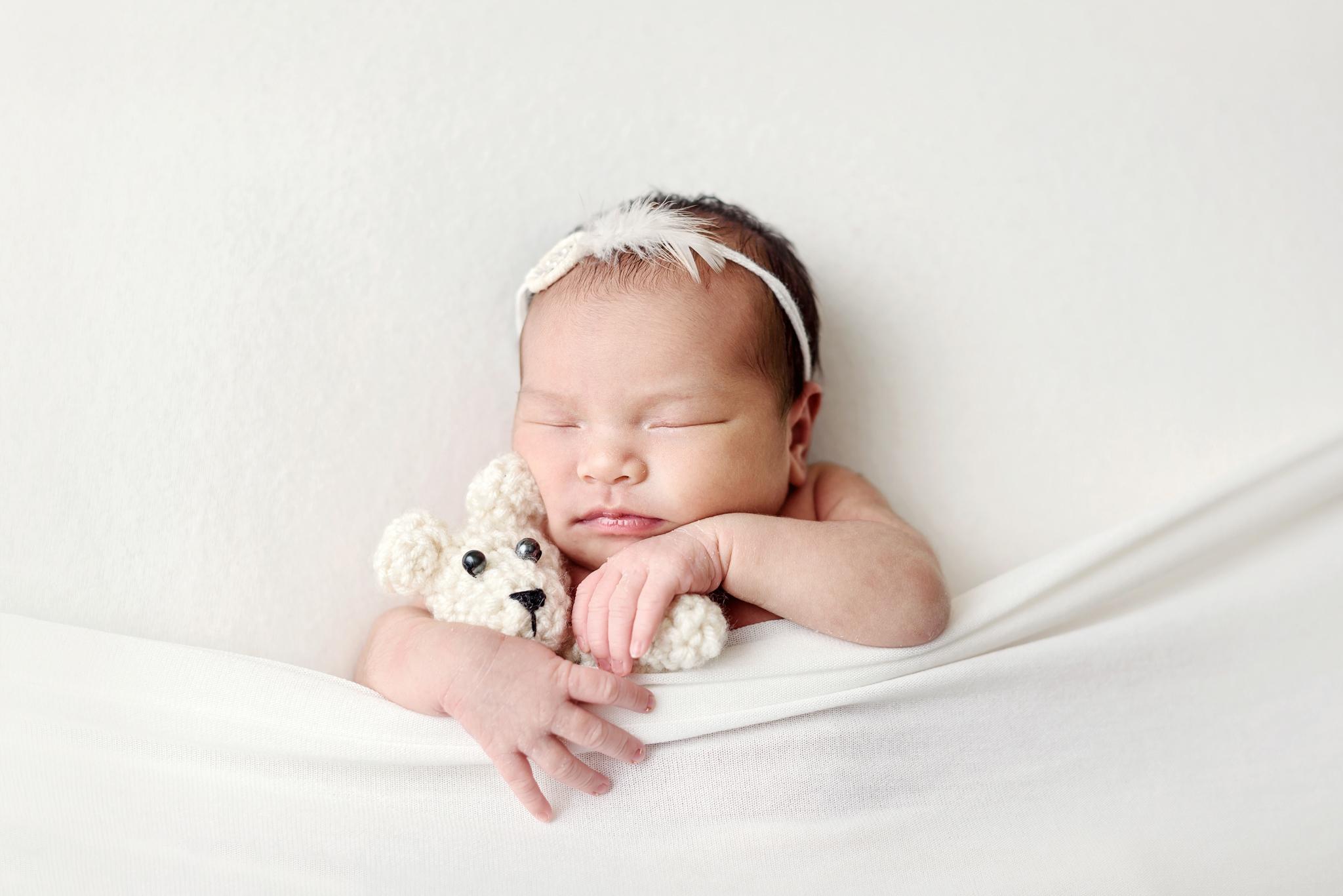 Seattle Newborn Photographer (17).jpg