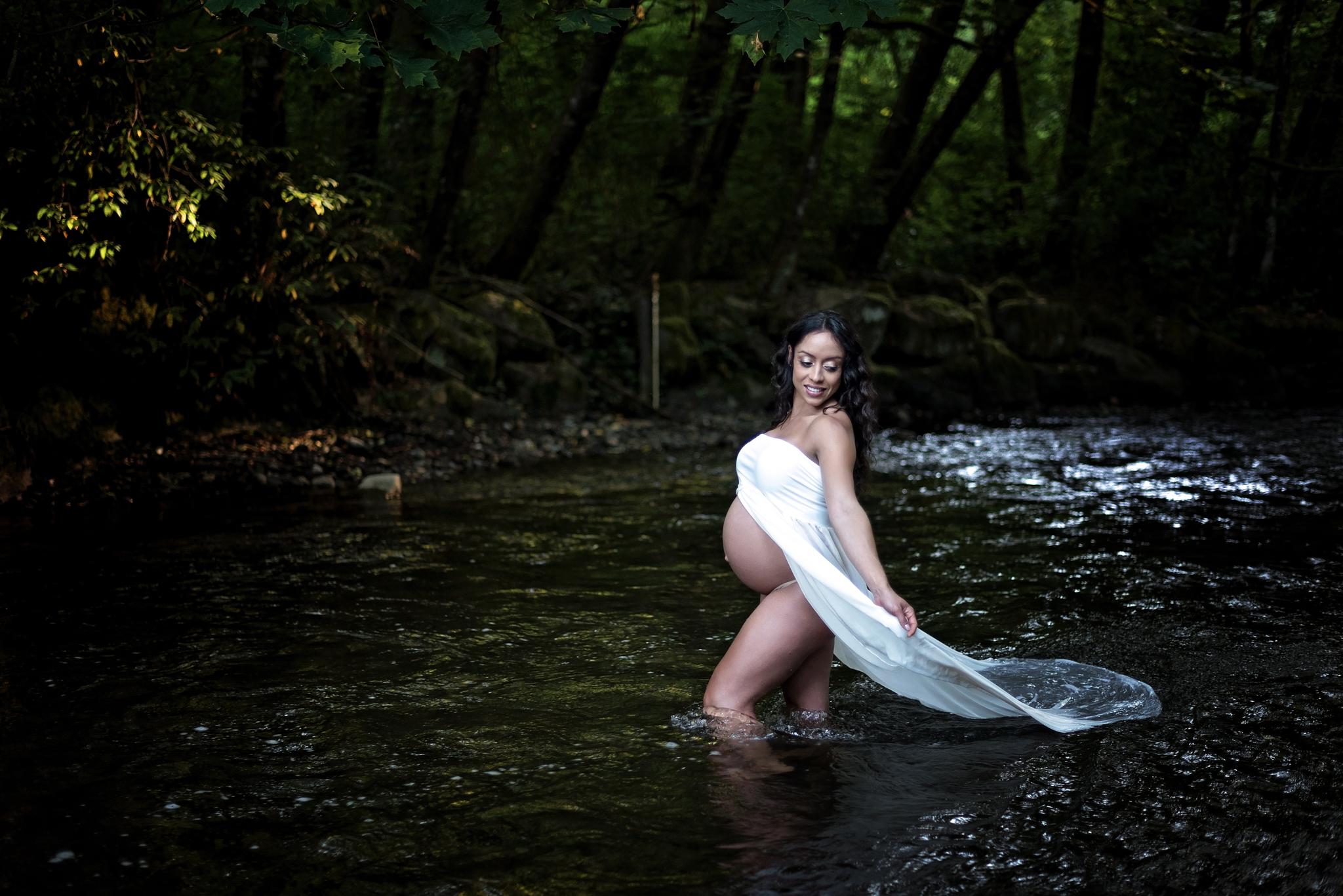 Seattle Maternity Photographer (6).jpg