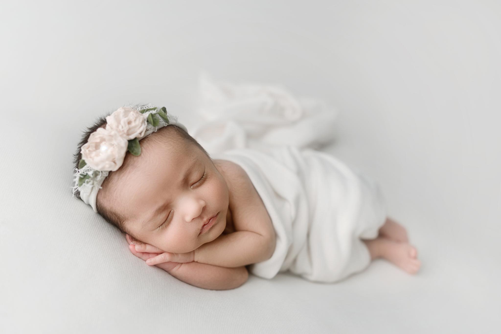 Seattle Newborn Photographer (3).JPG