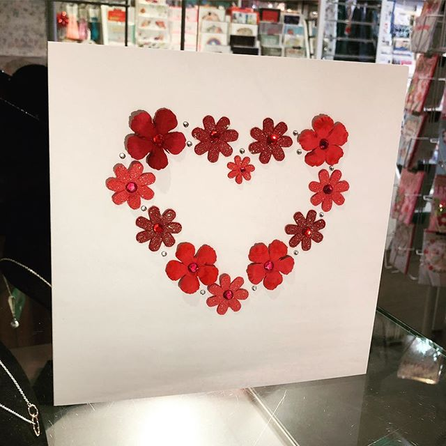 ❤️Personalised heart cards, perfect for Valentine's Day❤️ #love #cards #flowers #hearts #valentines