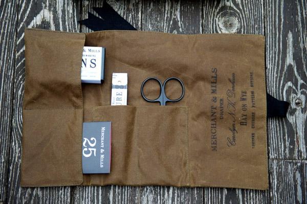 Sewing_kit_drapers_roll_Merchant_and_Mills_Design_Hunter.jpg
