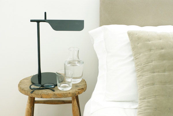 Bedside_table_with_Tab_lamp_Design_Hunter.jpg