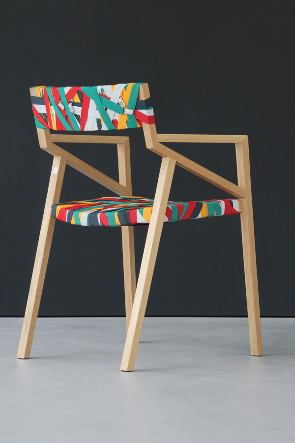 Bretelles_chair_1_Design_Hunter.jpg
