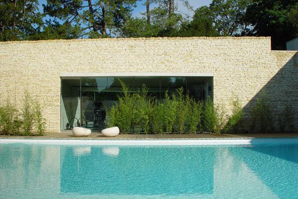 Cowley-Manor-spa-design-hunter.jpg