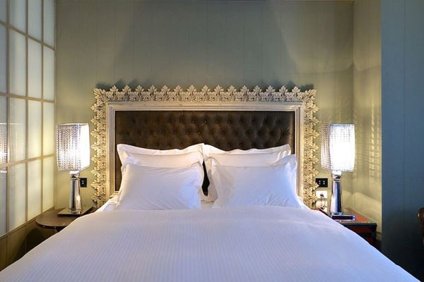 Alma_Hotel_Tel_Aviv_bedroom_on_Design_Hunter.jpg