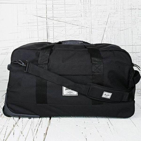 Herschel_parcel_suitcase_Urban_Outfitters.jpg