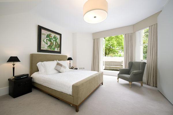 holland_park_bedroom_design_hunter.jpg