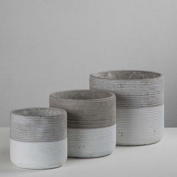 corrugated_cement_pot_Darkroom.jpg