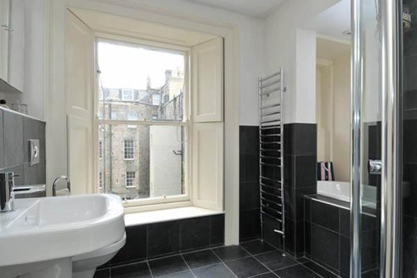 moray place bathroom.jpg