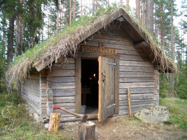 Kolarbyn_cabin_exterior_Wild_Sweden_Design_Hunter.jpg