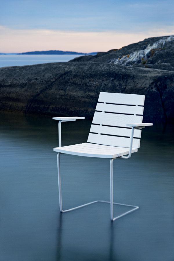 grinda_armchair_white_ash_white_metal_frame_photo_johan_carlson.jpg