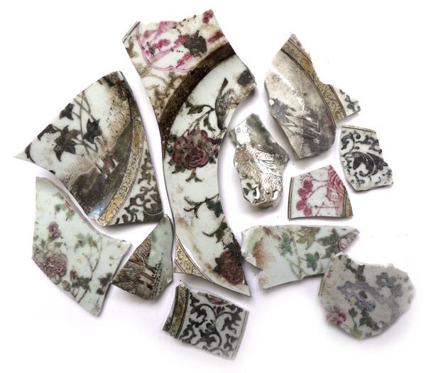 ceramic fragments Zoe Hillyard 2.jpg