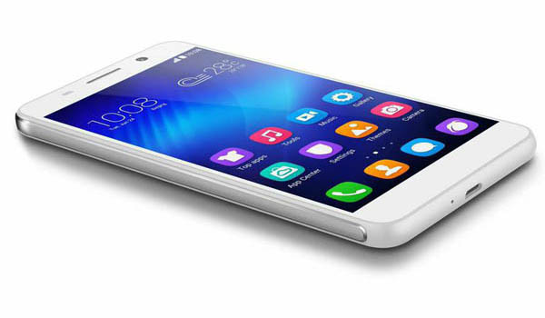Honor_6_smartphone_white