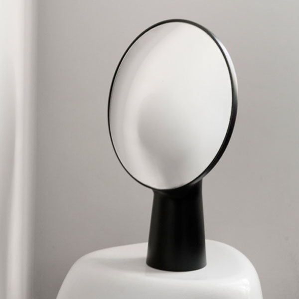 Cyclope mirror by Moustache | Design Hunter