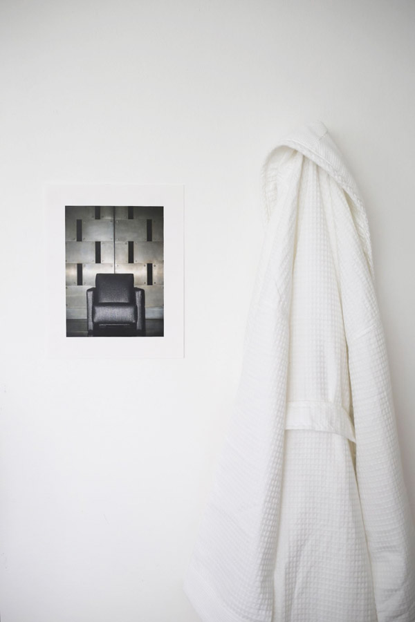 White waffle dressing gown