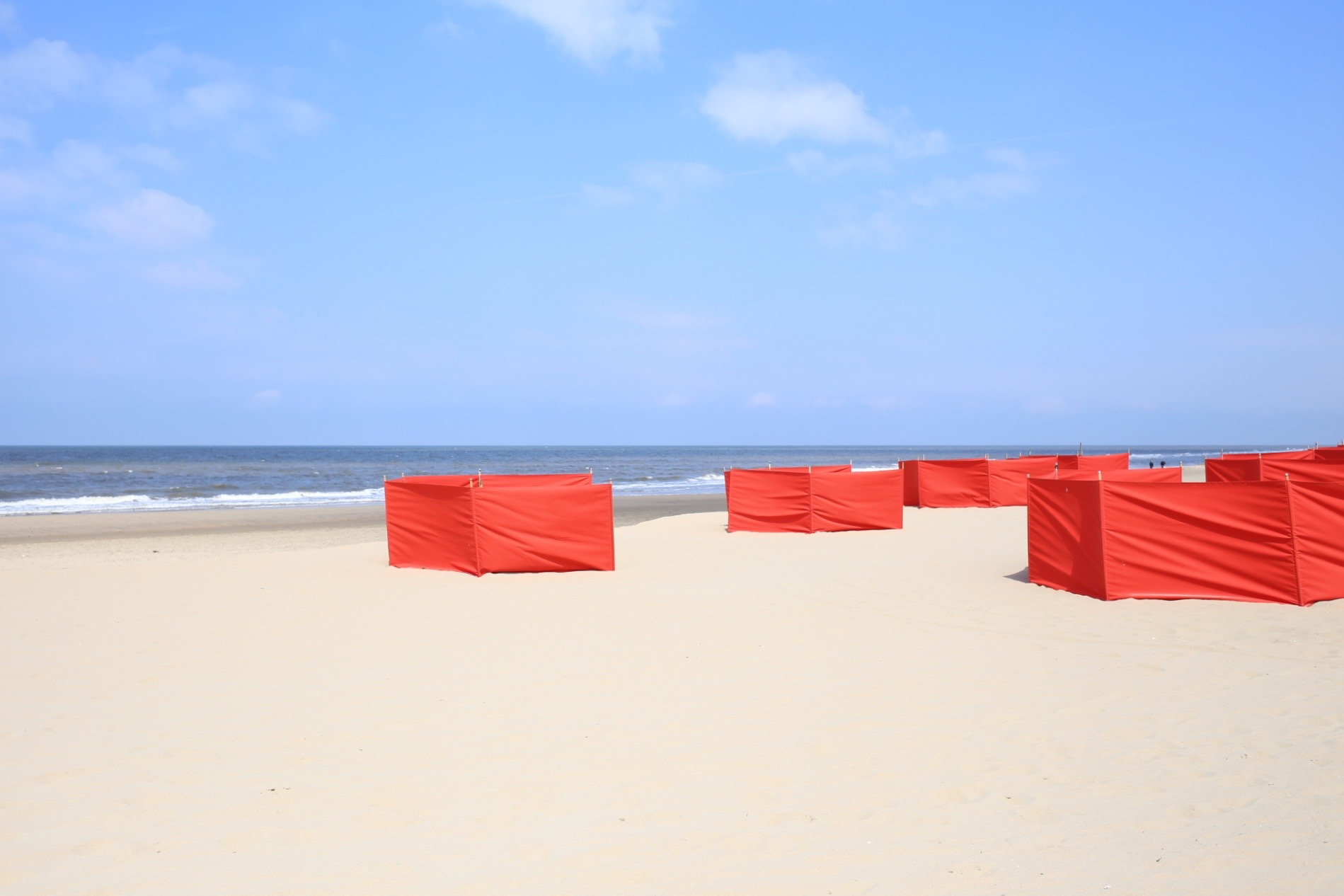 Bries beach club Noordwijk | Design Hunter