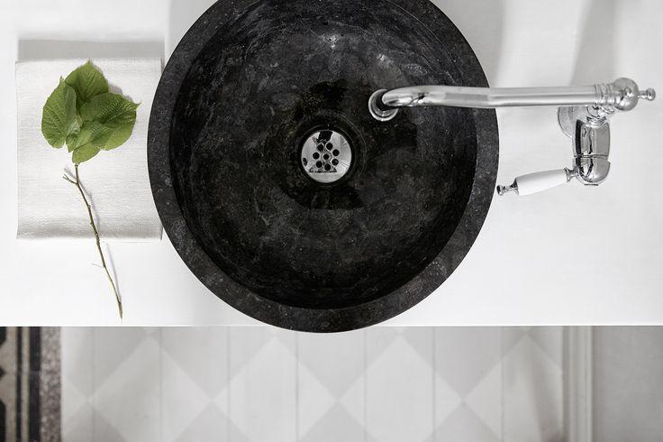 Black bathroom basin