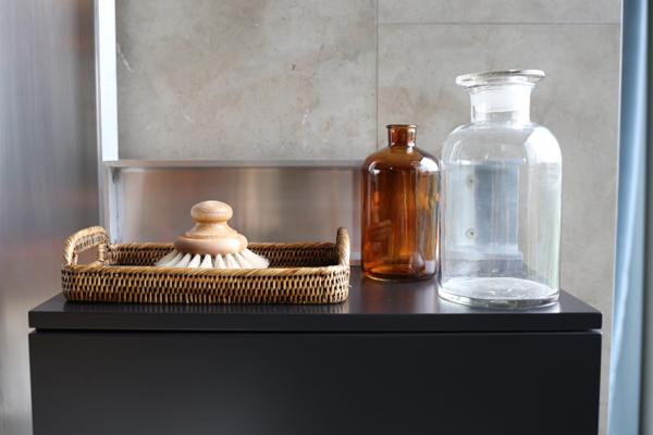 Bathroom details Tom Dixon penthouse | Design Hunter