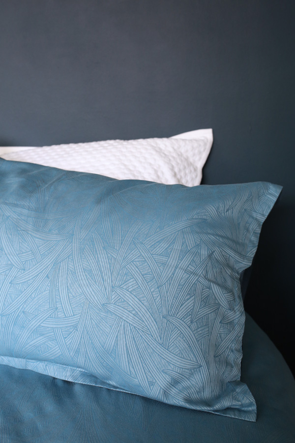 Christy Palm Fronds bed linen | Design Hunter