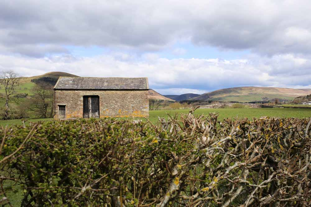 Stone barn in the Forest of Bowland | Design Hunter