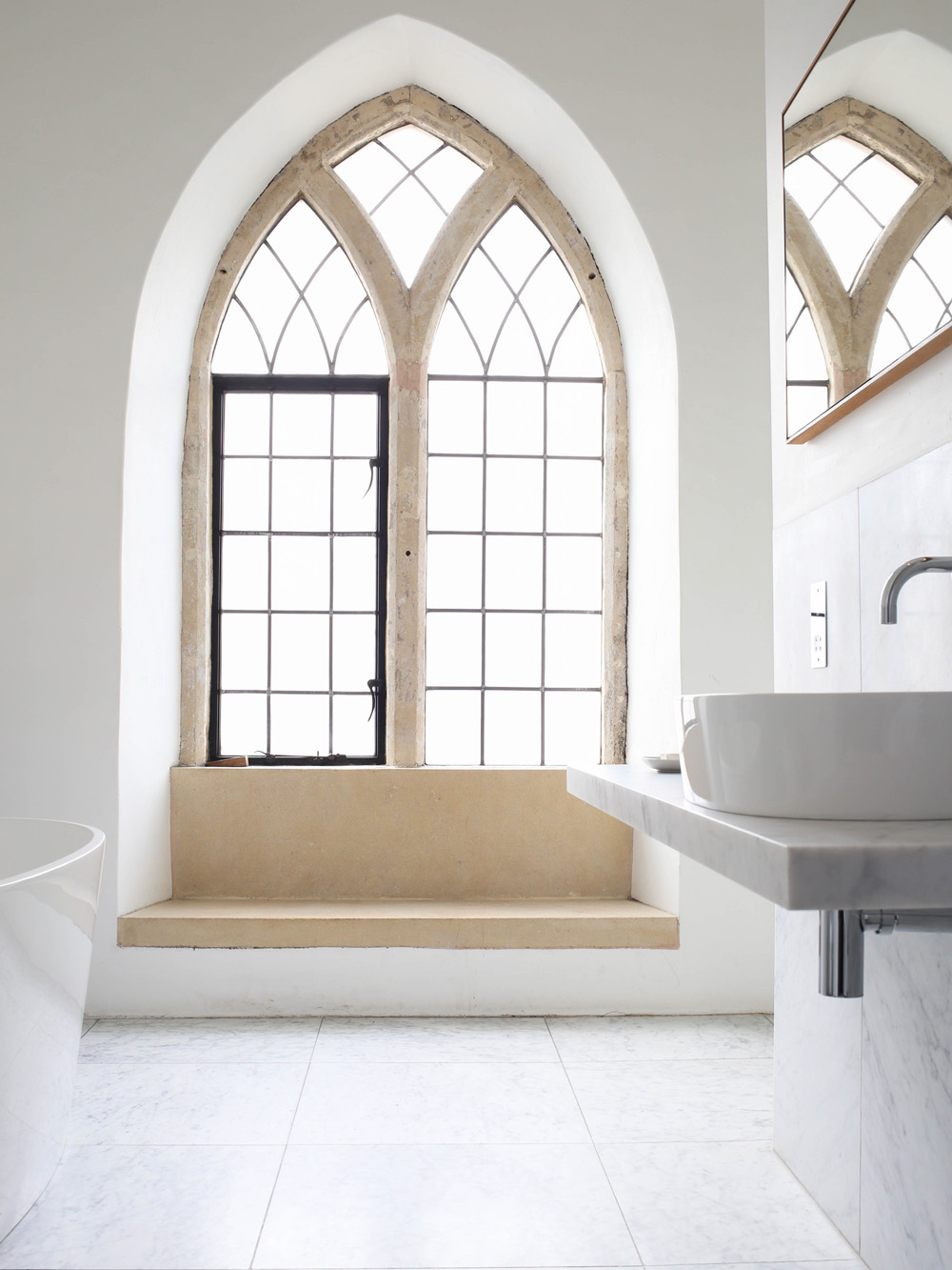 Marble bathroom At The Chapel | Design Hunter