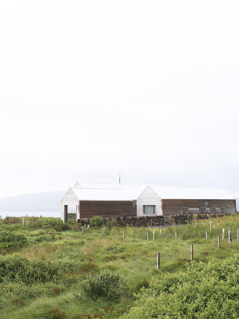 Contemporary timber clad house on the Isle of Skye | Design Hunter
