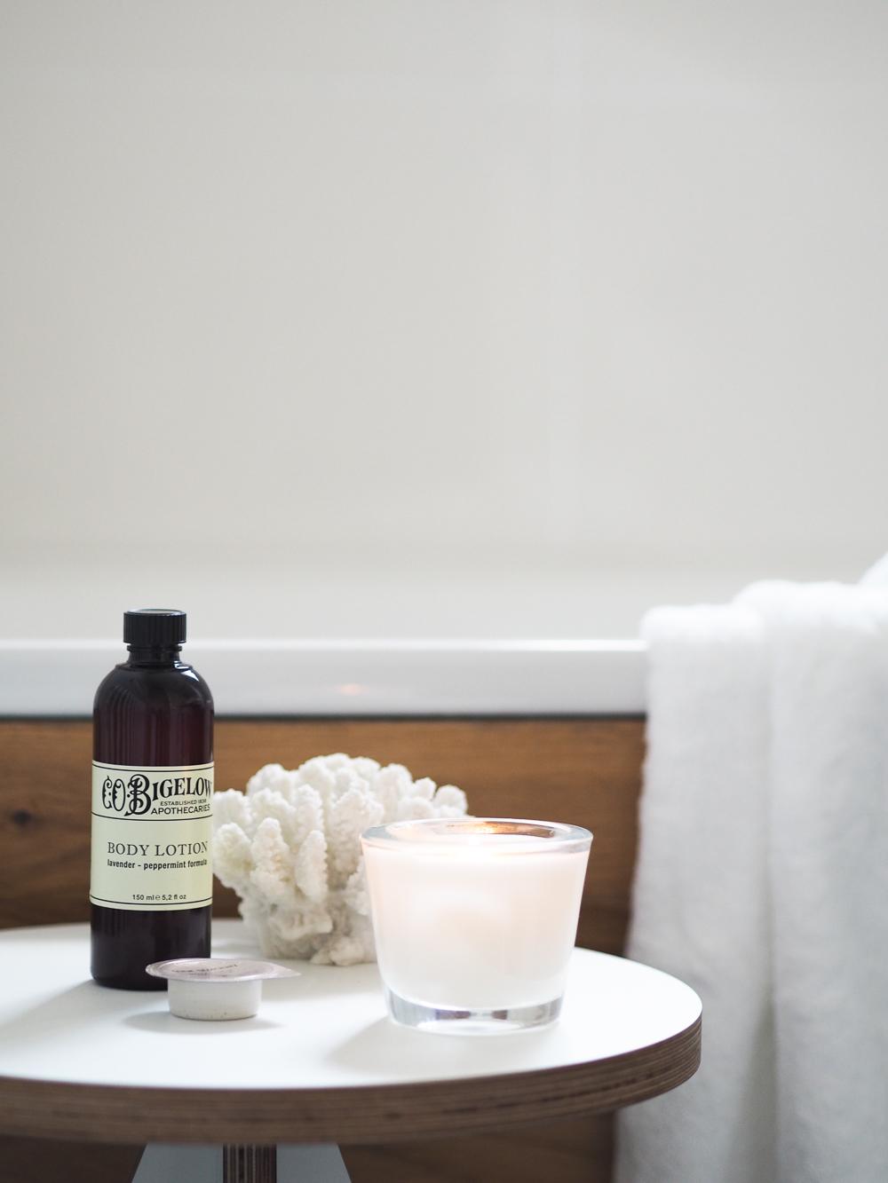Bathtime treats for a home spa pamper session | Design Hunter