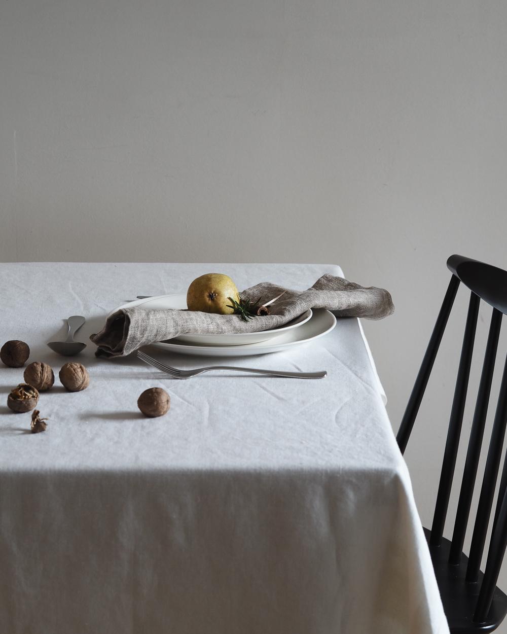 Winter table setting | Design Hunter