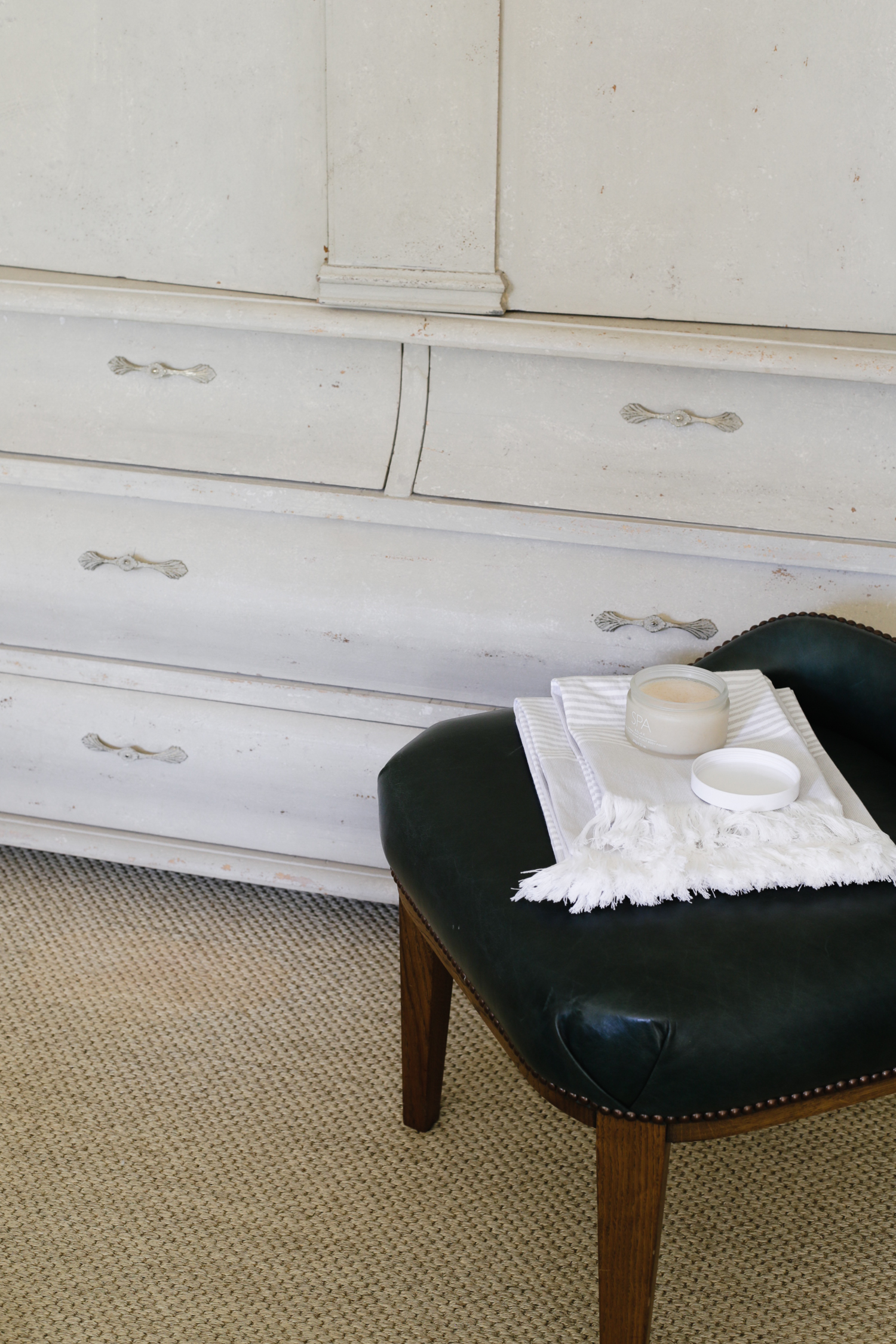 Spa essentials from The White Company   Design Hunter