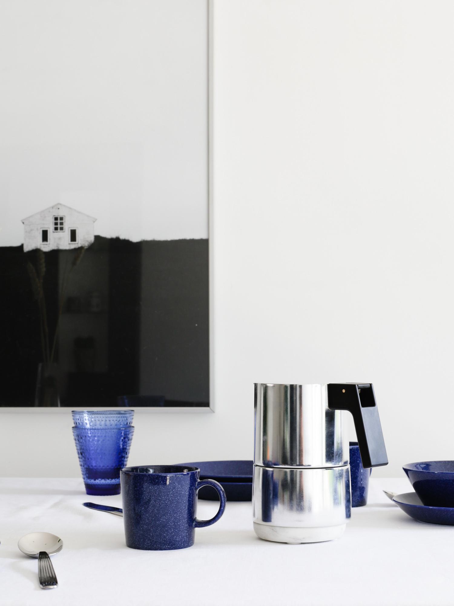 coffee pot on breakfast table | Design Hunter