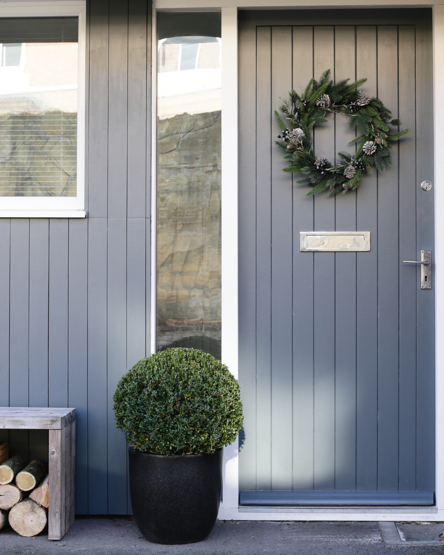 Door wreath by The White Company | Design Hunter-1-2.jpg