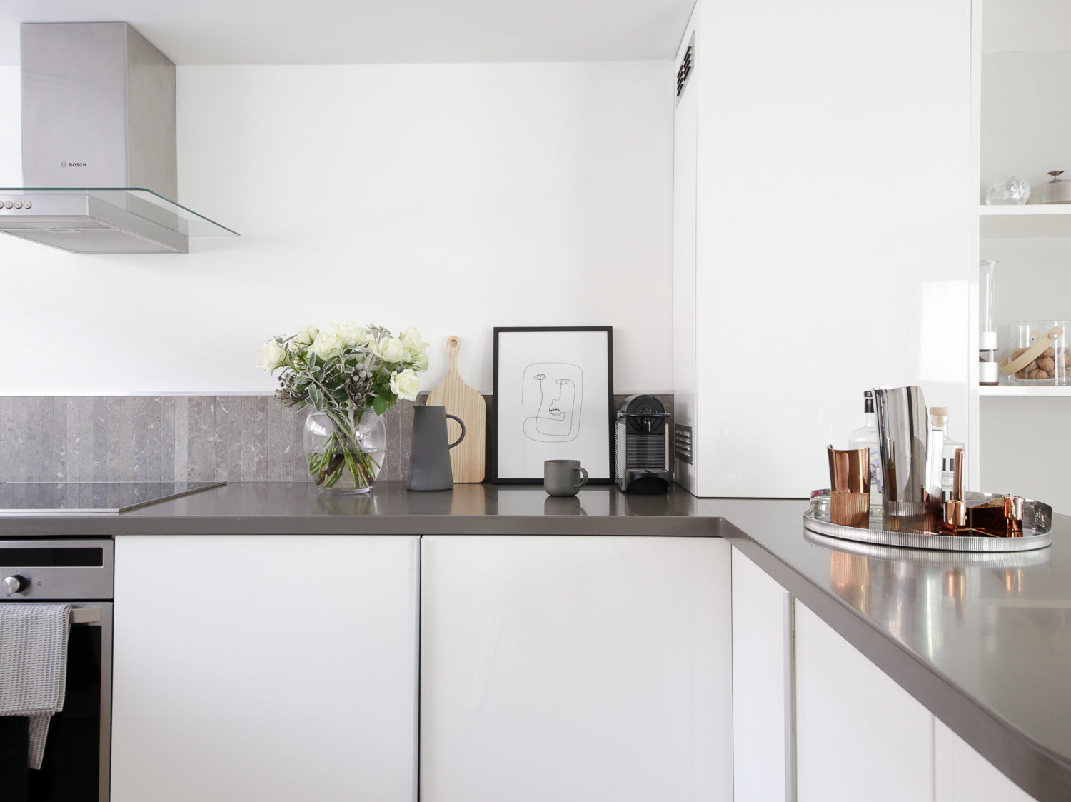 Modern contemporary white kitchen | Design Hunter
