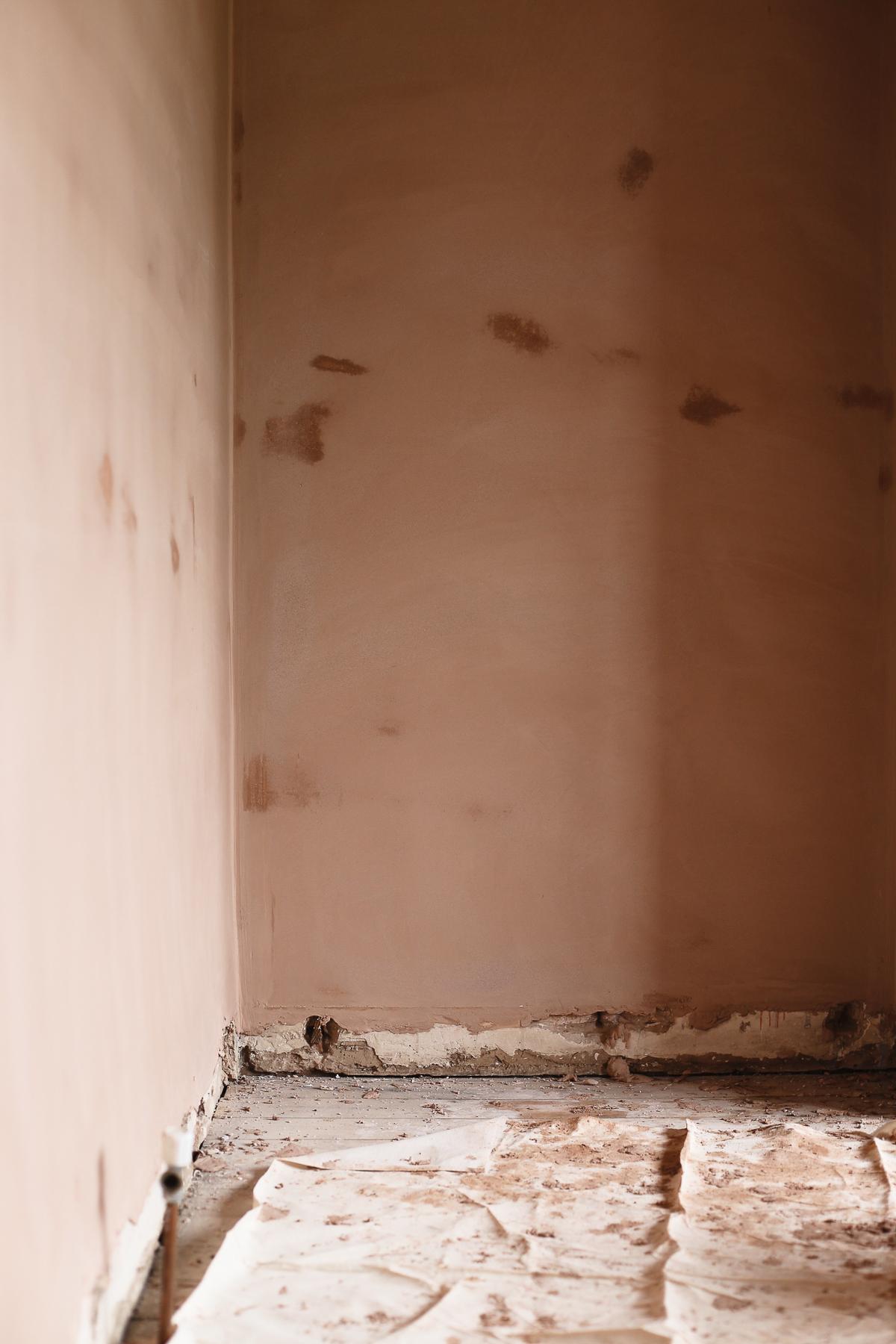 Setting plaster-1.jpg